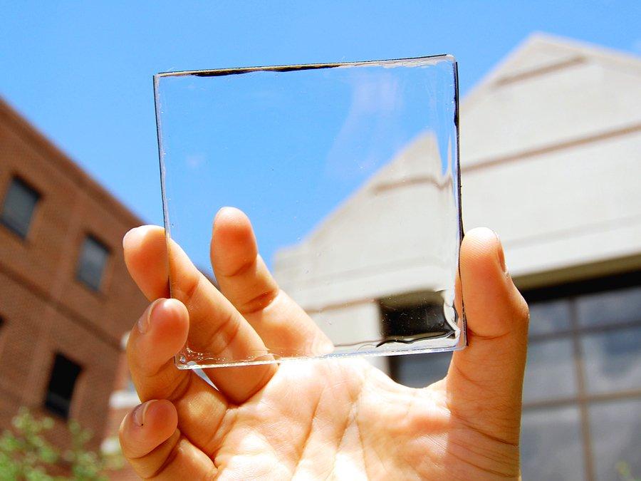 Специалисты из Мичиганского университета (США) создали прозрачные солнечные панели. - фото
