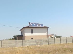 Монтаж гибридной солнечной электростанция мощностью 2 кВт. в Севастополе