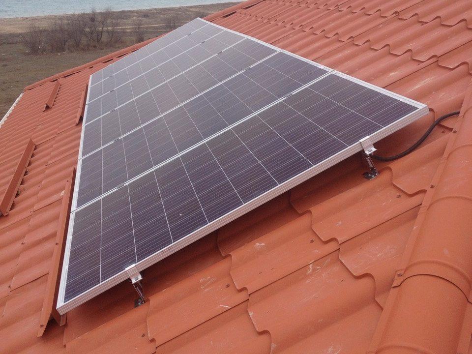 пос. Молочное, частный дом, Автономная система энергообеспечения на базе солнечных поликристаллических модулей - фото2