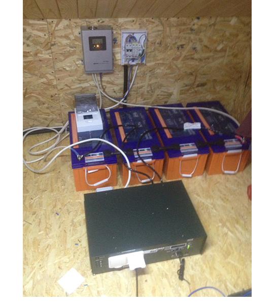 Круглогодичная автономная солнечная электростанция на 2,5 кВтч фото 2
