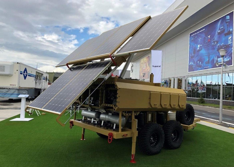 В России создали мобильную энергосистему с солнечными панелями - фото